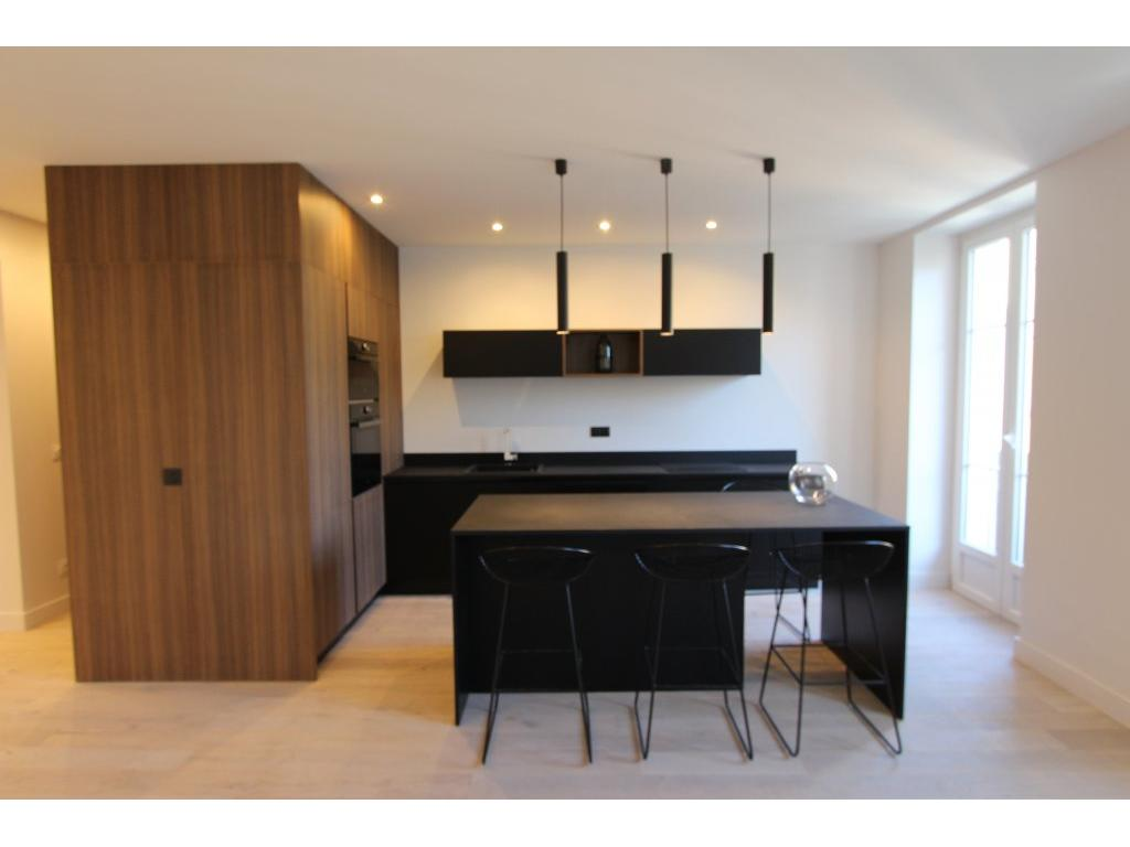 NICE/PROCHE COULEE VERTE APPARTEMENT 3 PIECES BALCONS